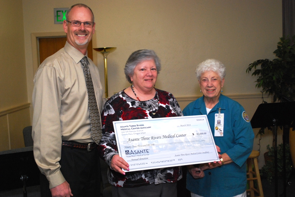 ATRMC Auxiliary donates $92,000 for patient lifts